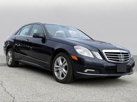 Pre-Owned 2010 Mercedes-Benz E-Class E 350 Luxury