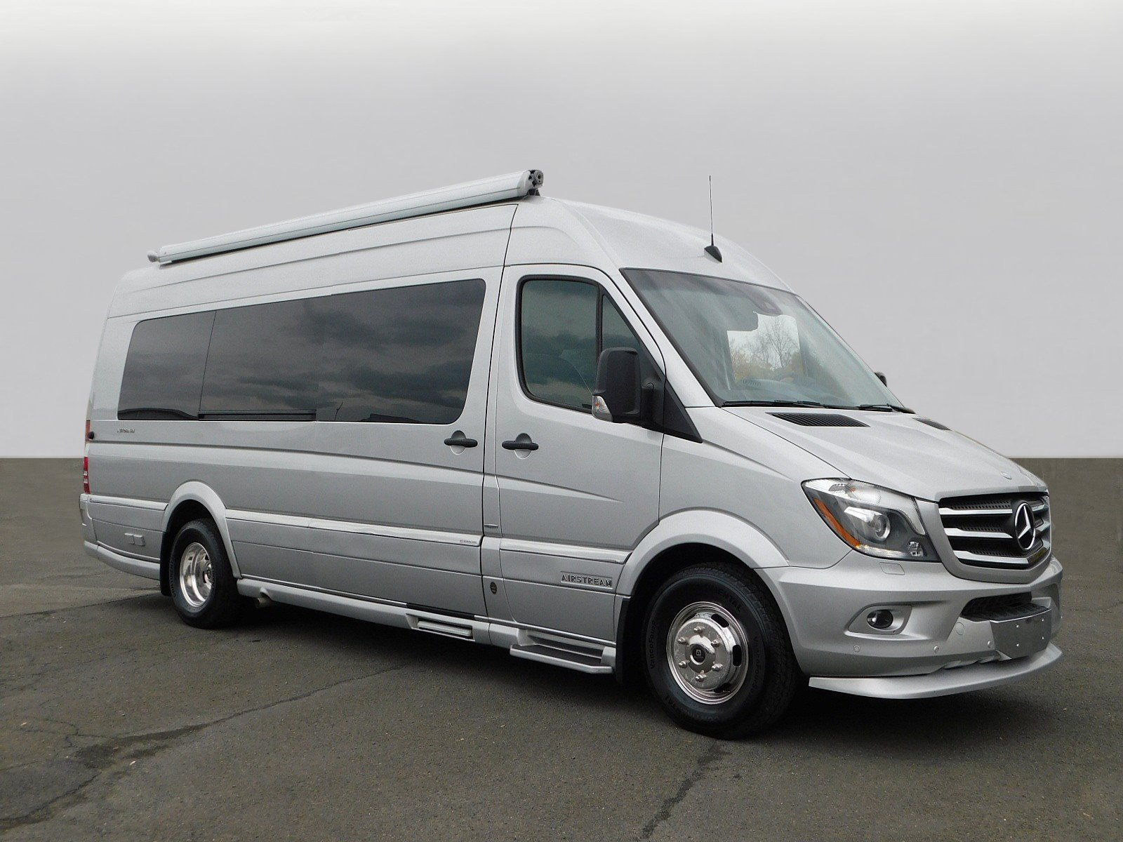 e28ff4fb61 Pre-Owned 2015 Mercedes-Benz Sprinter Cargo Vans 3D Cargo Van in ...